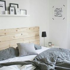 De allerbelangrijkste plek in de slaapkamer is natuurlijk het comfortabele bed. Hoe fijn is het om uitgerust wakker te worden je eige, stijlvolle slaapkamer? | Link in bio | #wooninspiratie #slaapkamer * * * * Credits: @lifestylewonen * * * * #inspiratie #interieur #meubels #meubel #meubelonline #interior #myhome2inspire #interior4you #instahome #styling #bedroom #flowers #homedeco #homedecoration #homedecor #furnnl #furniture #homeandliving #lifestyle #weekend #saturday #zaterdag #saturdays…