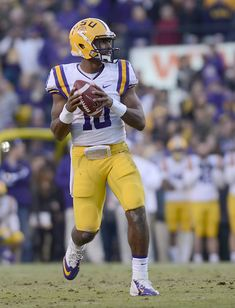 After leading the football team on a 99-yard game-winning drive vs. Arkansas, #LSU quarterback Anthony Jennings was named SEC Co-Freshman of the Week by the league office.