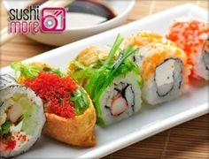 Disfruta de la mejor comida japonesa recién hecha en Sushimore: hazte con un menú con sopa, arroz, sushi variado y mucho más