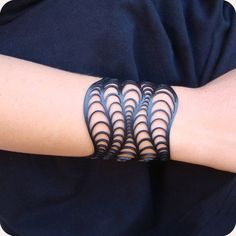 Bracelet, but would make for a cool tattoo. Leather Accessories, Leather Jewelry, Leather Craft, Women Accessories, Jewelry Accessories, Laser Cut Jewelry, 3d Printed Jewelry, Boli 3d, Bracelet Making