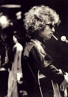 """Bob Dylan """"When you feel in your gut who you are & dynamically pursue it, don't back down & don't give up, you're going to mystify a lot of folks."""""""