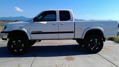 Featured Truck - Black and White Custom 2000 Toyota Tundra