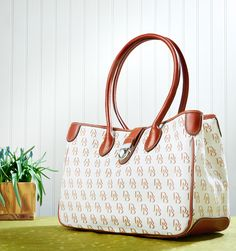 Long Handle Tote now 50% off at ILoveDooney!