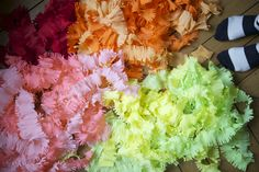 DIY Fringed Party Streamers - The Sweetest Occasion | The Sweetest Occasion