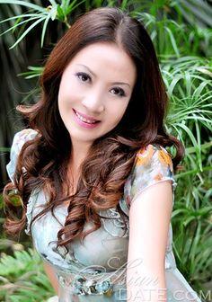 Absolutely dazzling women: Asian woman Lan