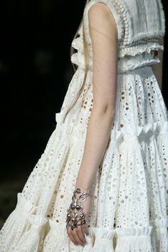 Alexander McQueen | Fall 2014 Ready-to-Wear Collection | Style.com #runway