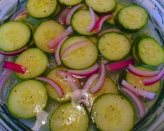 Garlicky Quick Pickled Cucumbers recipe | BigOven i want this right now so bad!