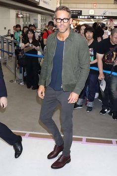 e8a22c95d36 Ryan Reynolds - Masatoshi Okauchi REX Shutterstock  MensFashionSmart.  Hipster Mens Fashion