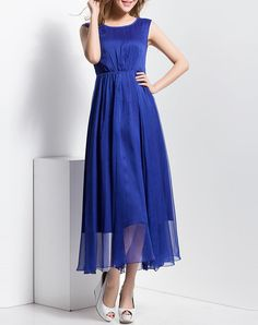 #VIPme Designer Folds Crew Neck Casual Sleeveless Maxi Dress ❤ Get more outfit ideas and style inspiration from fashion designers at VIPme.com.