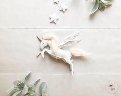 Unicorn Nursery Decor - Baby Mobile - Baby Girl Mobile - Unicorn Mobile - Unicorn Nursery - Horse Mobile - Gold Nursery Decor
