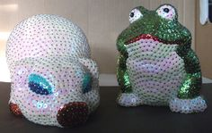Pig and frog paillettes