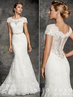BE261 menyasszonyi ruha (Igen szalon)