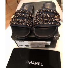e464cff88b2c Chanel Navy Marine Chain Cc Slip On G31627 Mules Slides Size EU 40 (Approx