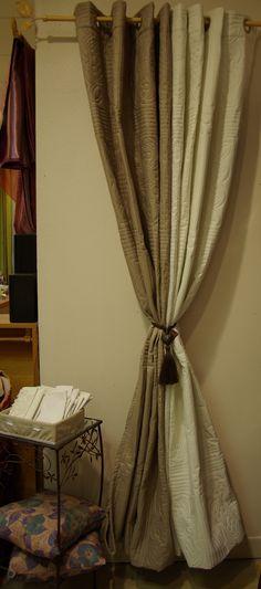 magnifiques doubles rideaux doubl s et brod s en polyester vendu chez ellen d coration rideaux. Black Bedroom Furniture Sets. Home Design Ideas