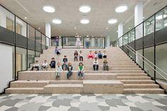 Bildungscampus Sonnwendviertel,Cinema and theatre staircase, multipurpose hall in the back. Image © Hertha Hurnaus