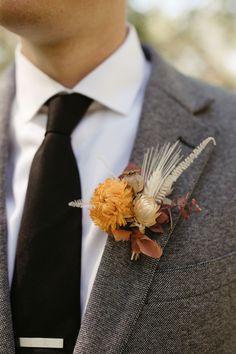 Fall dried floral boutonniere Groom Attire, Groom And Groomsmen, Wedding Men, Boho Wedding, Wedding Stuff, Modern Groom, Stylish Suit, Green Wedding Shoes, Unique Weddings
