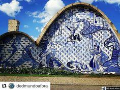"""#Repost @dedmundoafora with @repostapp  O aniversário de """"Beagá"""" foi ontem mais ainda dá tempo de desejar a todos os belo-horizontinos toda felicidade deste mundo.... Parabéns Belo Horizonte. Terra de mineiro. Das Minas Gerais que eu amo tanto. E tem coisa mais belo-horizontina que a famosa igrejinha da Pampulha?!!!! Um charme. Essa foto foi durante o #EncontroRBBV2016  http://ift.tt/2huh6o3 #mundoafora #dedmundoafora #mundo #travel #viagem #tour #tur #trip #travelblogger #travelblog…"""