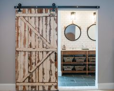 5 Things Every Fixer Upper-Inspired Farmhouse Bathroom Needs