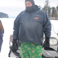 Did u loose a bet or something with those pants (game warden) dad um yea the pats lost hahaha