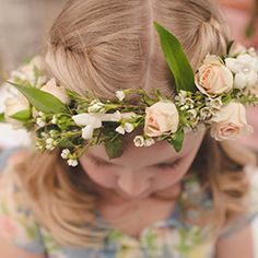 A country vintage summer wedding at Wolfsnare Plantation in Virginia Beach by Bit of Ivory Photography.