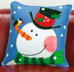 Shop for Pine Cone Snowman Pillow Felt Applique Get free delivery On EVERYTHING* Overstock - Your Online Sewing & Needlework Shop! Christmas Sewing, Noel Christmas, Christmas Pillow, All Things Christmas, Christmas Stockings, Xmas, Christmas Cushions To Make, Applique Pillows, Felt Applique