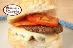Hamburguer caseiro de carne e castanha de caju - Beef and cashew hamburguer