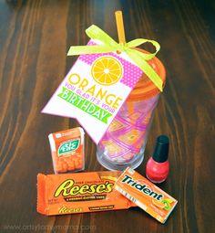 """""""Orange You Glad It's Your Birthday"""" Gift Idea and Free Printable Tag at artsyfartsymama.com #birthday #birthdaygiftidea"""