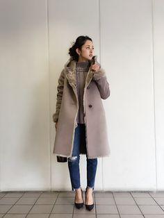 LIFE's#203代官山店   Hina...☻*さんのムートンコート「TODAYFUL フェイクムートンフーデットコート」を使ったコーディネート