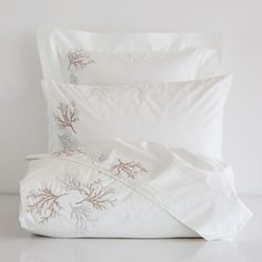 EMBROIDERED CORAL PERCALE BEDDING