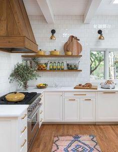 Home Remodel Wood kitchen design.Home Remodel Wood kitchen design New Kitchen, Kitchen Dining, Kitchen Decor, Kitchen Wood, Copper Kitchen, Kitchen Storage, Natural Kitchen, Natural Wood, Kitchen Organization