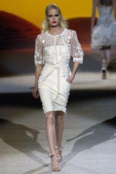Valentino Spring 2006 Couture Fashion Show - Caroline Winberg