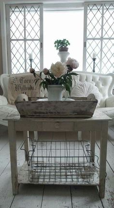 French Shabby Chic Decorating Ideas - via Architecture Art Designs #ShabbyChicDecor