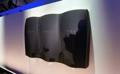 [News 4 Technics] 10/11/2016 09:53:00 сл.об.  Компанията Tesla Motors собственост на Елън Мъск пусна на пазара нов продукт  батерии за дома и бита с които се цели да промени начина по който хората използват и съхраняват енергия. Батериите са за многократно използване без никакви въглеродни емисии. Батерията е предназначена да се използва за съхранение на енергия от фотоволтаици или други алтернативни източници. Предимството е че може да се монтира на стена а съответно размерите са 90 х 120 х…