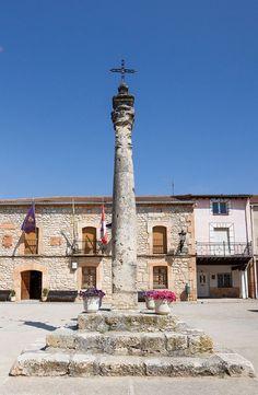 Coruña del Conde - Rollo jurisdiccional en la plaza