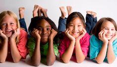 Aprende a mejorar la autoestima de los niños ¿Sabías que a partir de los 3 años los niños comienzan a formar su personalidad, y durante esa etapa su autoestima puede marcar su vida para siempre?  Desde tener una personalidad exitosa y llena de felicidad, hasta la propensión a la depresión y suicidio