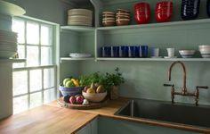 Sag Harbor by Michelle R. Smith Interiors | 1stDibs Suffolk Cottage, Kitchen Design, Kitchen Decor, Kitchen Ideas, Kitchen New York, Dining Room Colors, Top Interior Designers, Kitchen Photos, Country Kitchen