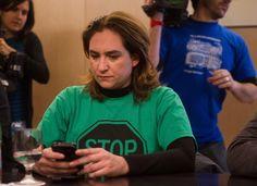 Manos Limpias denuncia a Ada Colau por amenazas y coacciones