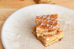 Snickerdoodle White Chocolate chip Blondies-{Sally's Baking Addiction}... love snickerdoodles, i can't wait to try these!