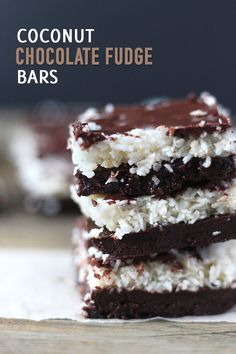 These Coconut Chocolate Fudge Bars are a decadent treat packed with healthy fats! Vegan, gluten free and paleo friendly! Vegan Chocolate Bars, Dairy Free Chocolate Chips, Coconut Chocolate, Salted Chocolate, Chocolate Treats, Chocolate Recipes, Chocolate Lovers, Vegan Desserts, Vegan Recipes