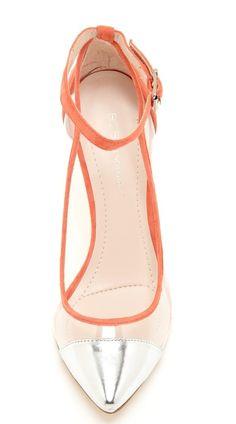 High Heels :     Picture    Description  Silver Captoe Pumps    - #Heels https://glamfashion.net/fashion/shoes/heels/high-heels-silver-captoe-pumps/