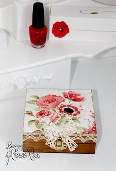 Decoupage box - Poppy , Unique jewelry box , Birthday gift , Gift for Mom…
