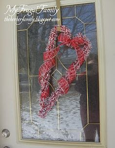 Easy Valentine Wreath with Candy Cane decorations