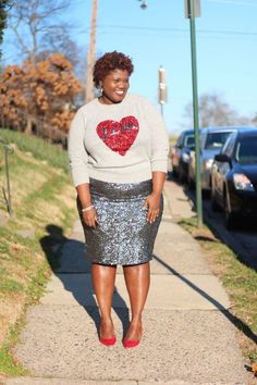 Skirt sequin outfit winter plus size Ideas Plus Size Fashion For Women Summer, Plus Size Fashion Blog, Curvy Girl Fashion, Black Women Fashion, Womens Fashion, Fashion Blogs, Paillette Rock Outfit, Sequin Skirt Outfit, Skirt Outfits
