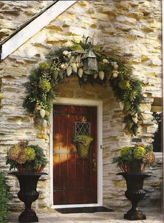 One of the prettiest door and front porch decor~love!