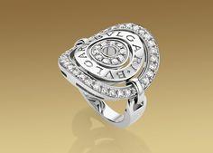 Bvlgari Cerchi Shield Ring. So pretty.