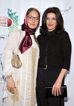 Mahnaz Afshar - 2014 Farhang Foundation Short Film Festival Award Ceremony And Reception Iranian Models, Iranian Actors, Iranian Women, Fashion Beauty, Girl Fashion, Short Film Festivals, Persian Girls, Persian Pattern, Free Mom