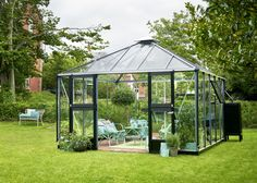 Juliana Anthracite Oasis 12x12 Greenhousehttps://www.greenhousestores.co.uk/Juliana-Anthracite-Oasis-12x12-Greenhouse.htm