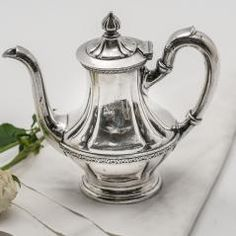Parishotelboutique.com - Hotel silver, antiques, and vintage online catalogue
