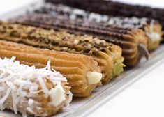 recheios para churros Food Truck, Side Dish Recipes, Side Dishes, Mango Cake, Mexican Food Recipes, Ethnic Recipes, Comida Latina, Food Stall, Chocolate Caramels