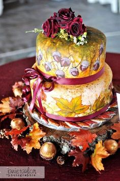 Wedding Cakes With Fall Leaves | The Wedding Specialists